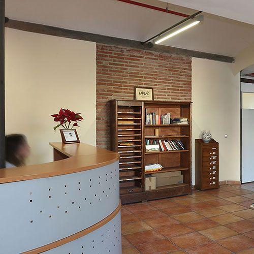 Ceneco alquiler de oficinas equipadas ceneco centro de for Alquiler oficina virtual